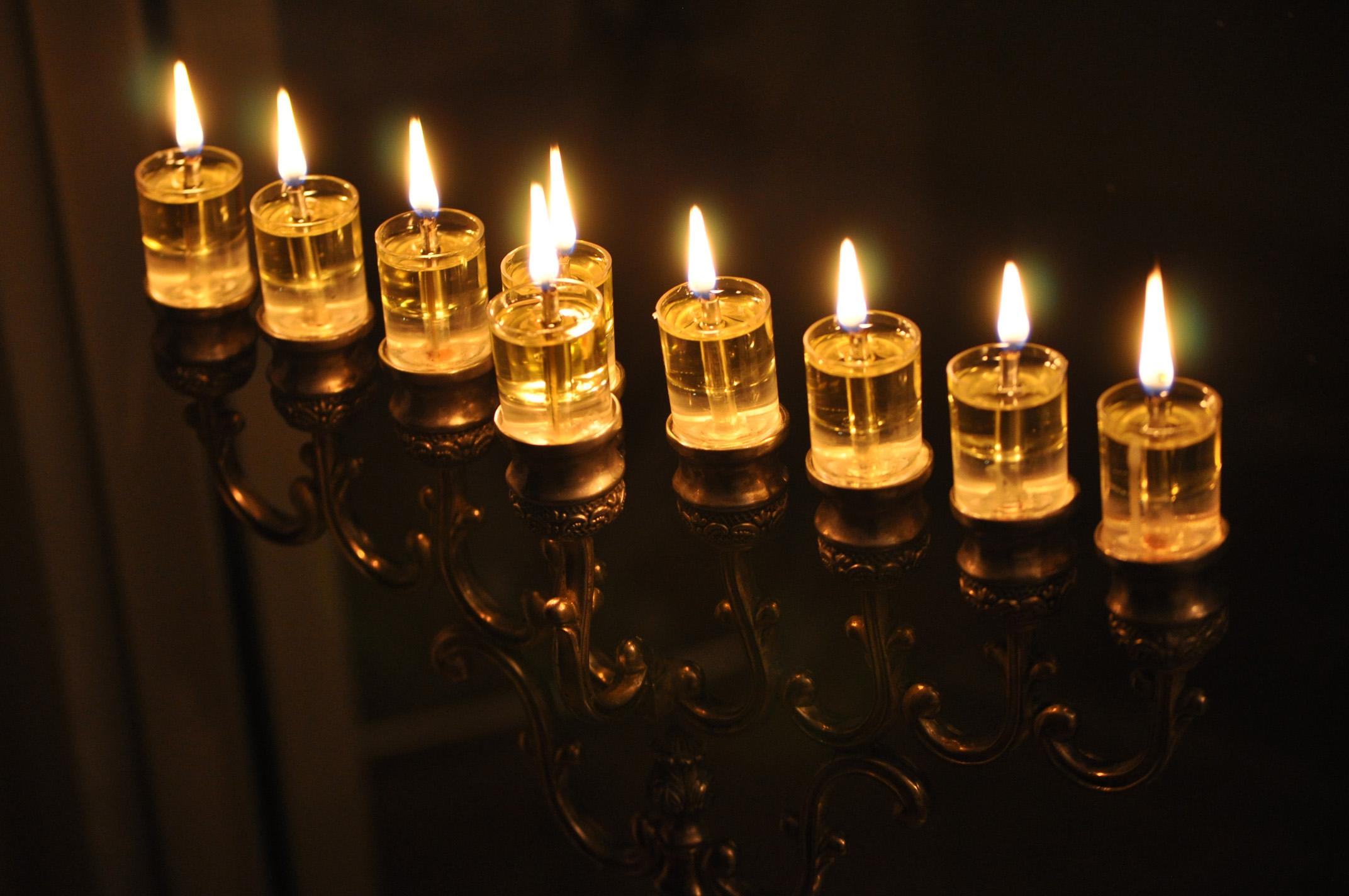 Chanuka – oslava osvobození vrodinném kruhu