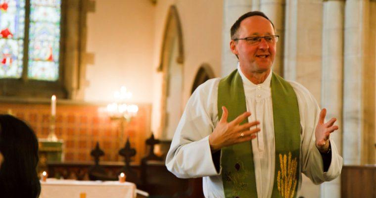 Unikátní výzkum: Jak dlouho aočem se káže vamerických kostelích?