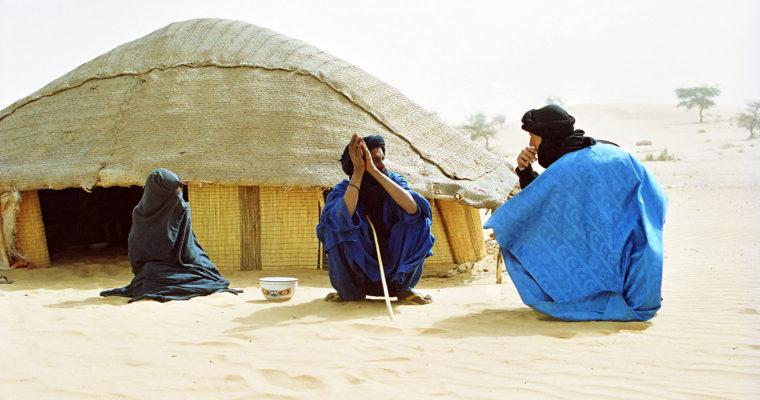 Tuaregové: muslimové skřesťanskou minulostí apolyteistickými berberskými kořeny