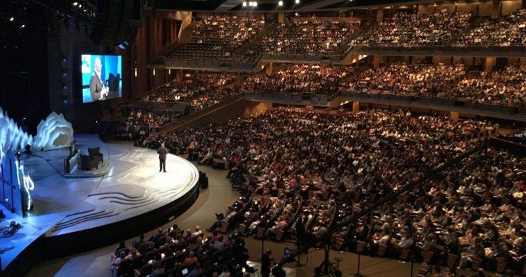 Evanjelikálna megacirkev Willow Creek má nového pastora