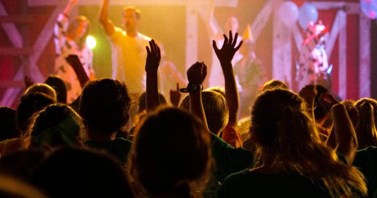 Reflexe: Svatý zpěv
