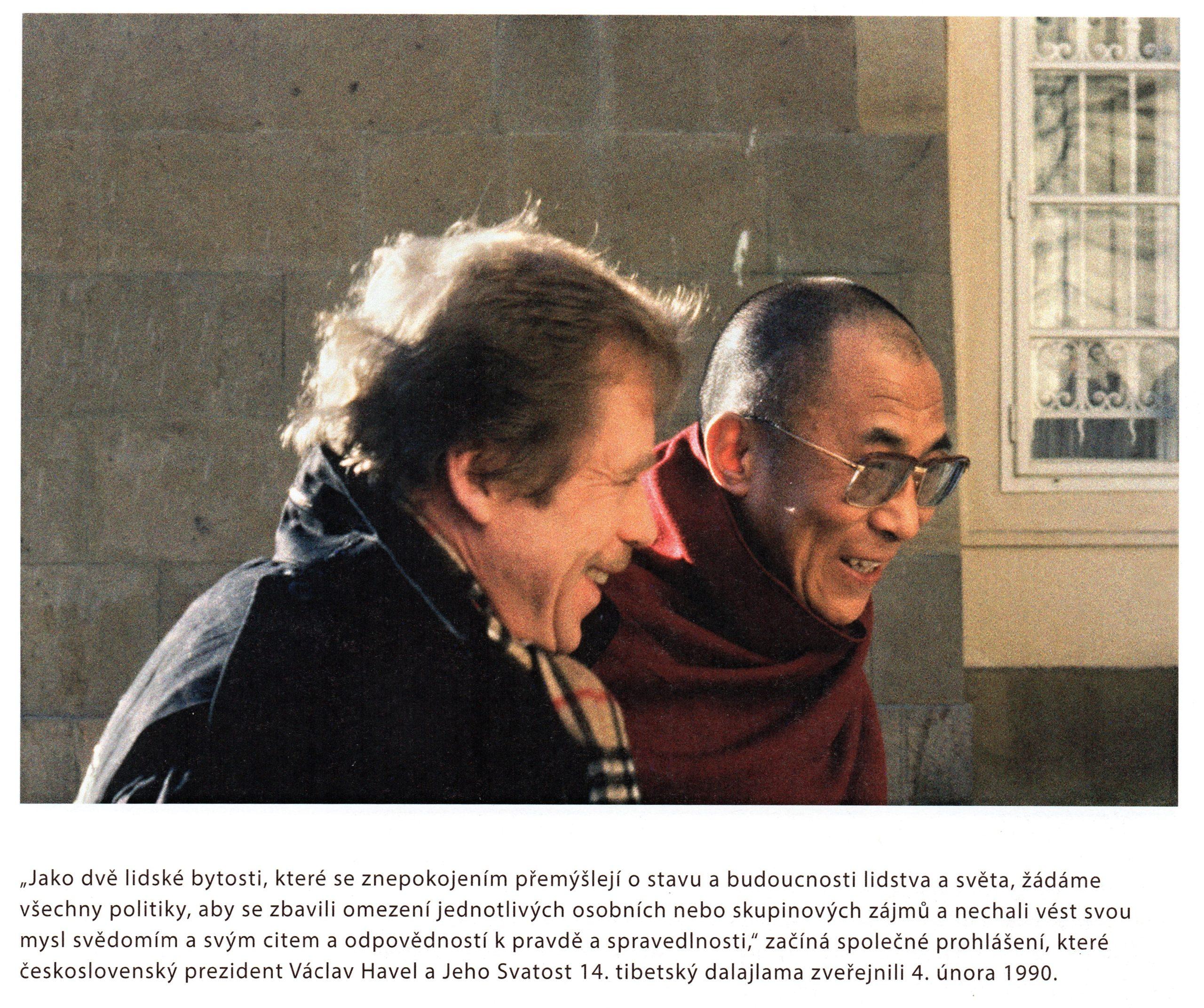 """""""Ve srovnání sPrahou bledne všechno."""" – Před 30 lety se dalajlamovi unás dostalo jedinečného přijetí"""