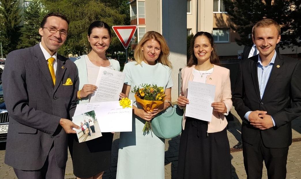 Církvi Šinčchondži se podařilo do kampaně zapojit iprezidentku Čaputovou