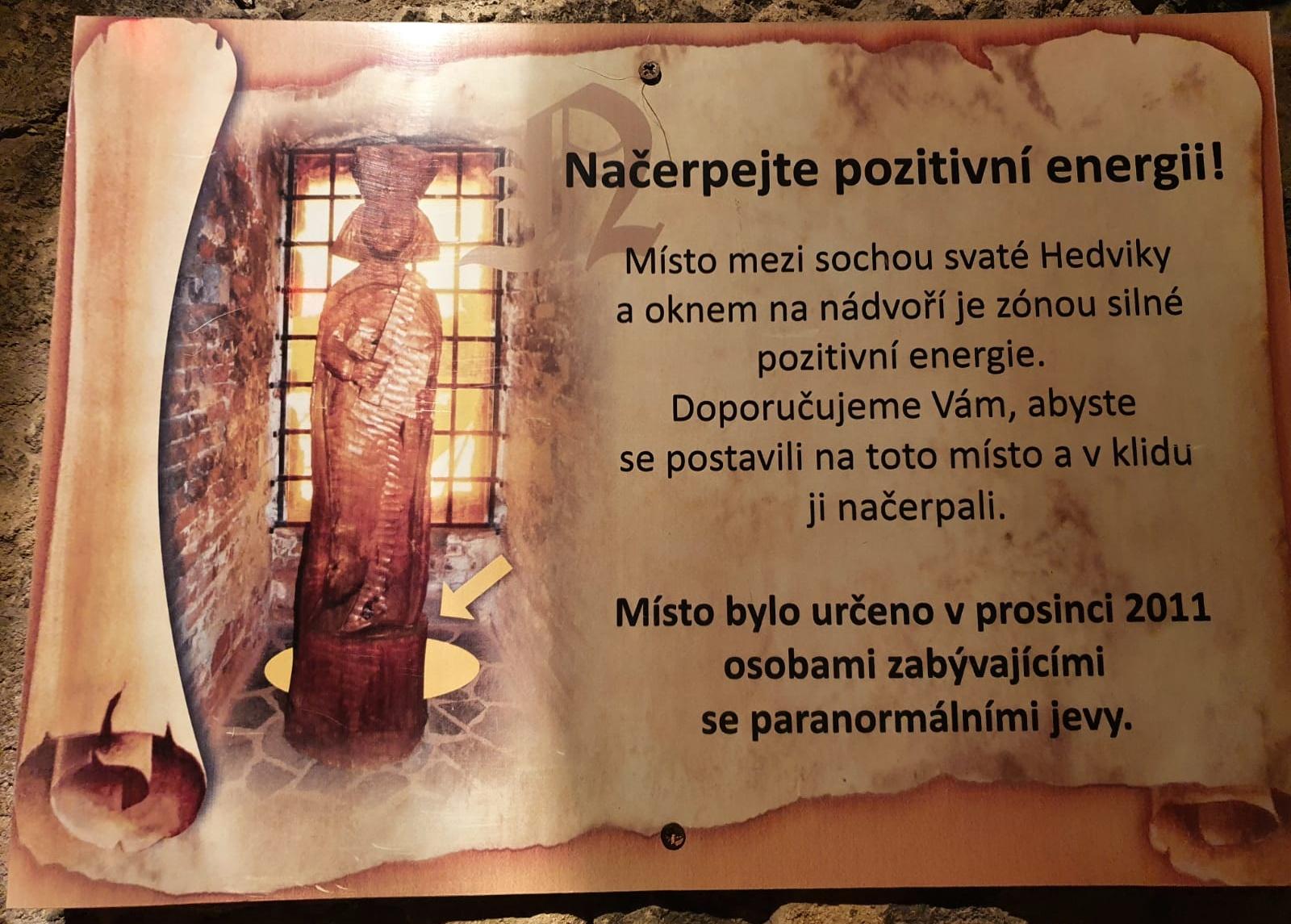 Náboženství na cestách: pozitivní energie na hradě