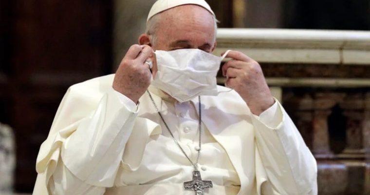 Papež František arouška