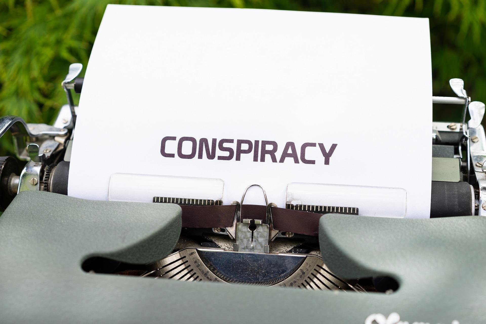 Konspirační teorie jako mýty aproroctví, aneb okanónech na vrabce