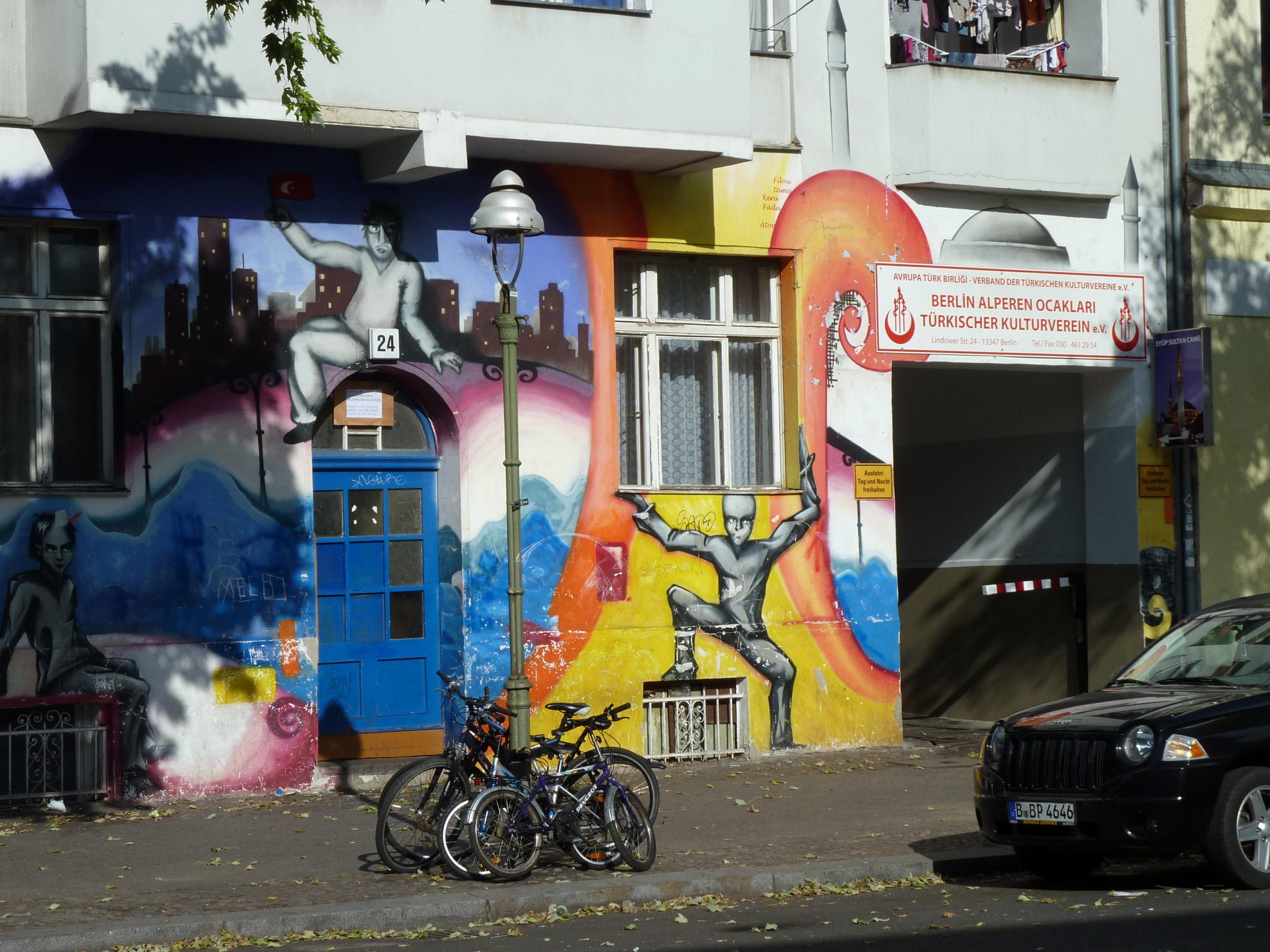 Procházka muslimskými komunitními centry vNěmecku