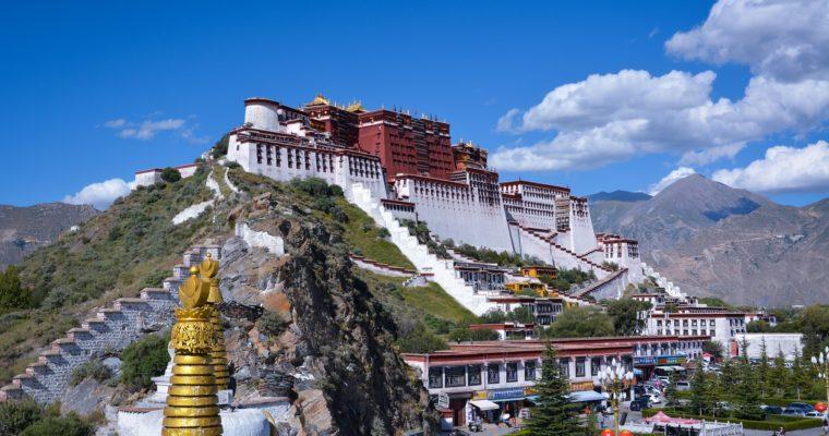 Dalajlama se objevuje vamerickém rozpočtovém zákoně