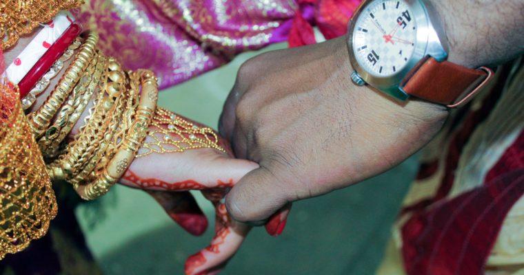 Nový zákon má zabránit účelovým sňatkům hinduistek smuslimy