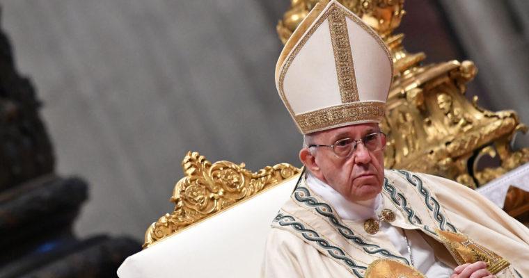 Papež František anaděje na posun katolické etiky partnerského života