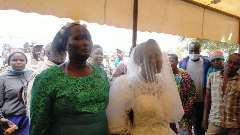 Keňanka se provdala za Ducha svatého. Aco dál?
