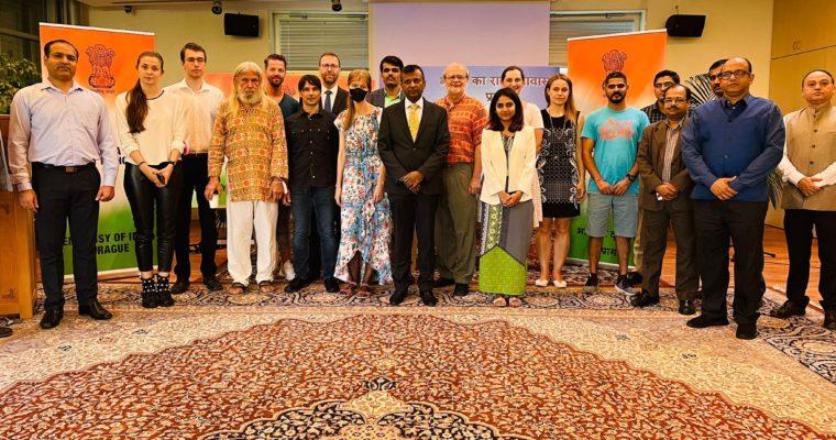 Den hindštiny na Velvyslanectví Indie